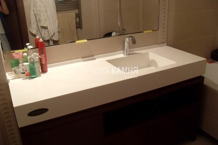 Столешница со встроенной раковиной для ванной столешница гранит гойя фото