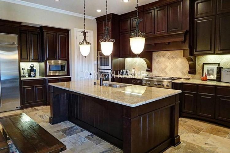 Столешница и кухонный остров с врезной мойкой