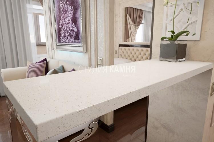 Белая барная стойка для кухни с вкраплениями из искусственного камня