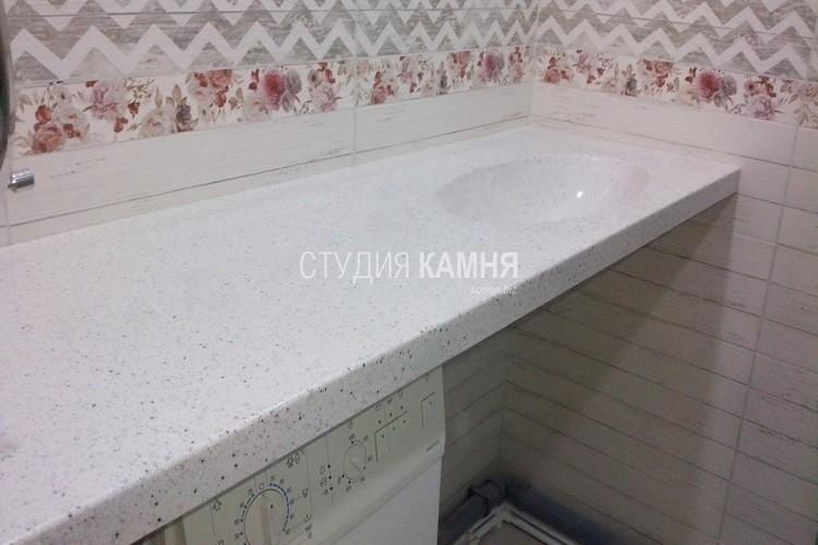 Прямая столешница из искусственного камня для ванной с раковиной